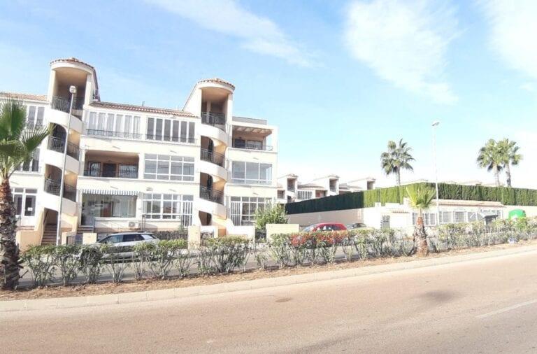 los Altos LA cinuelica Apartment